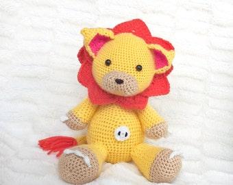 Lion crochet amigurumi plushie // kids baby toy // decoration // nursery // anime // manga