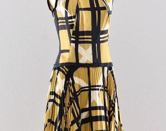 1950s Vintage Dress Drop Waist abstract print madmen style