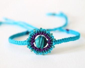 Macramè boho colorful bracelet with beads turquoise purple