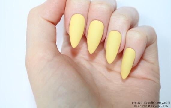 yellow matte nails - photo #20