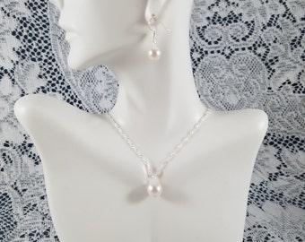 White Pearl Bridesmaid Set