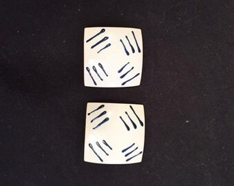 Earrings - Enameled blue and white clip-on