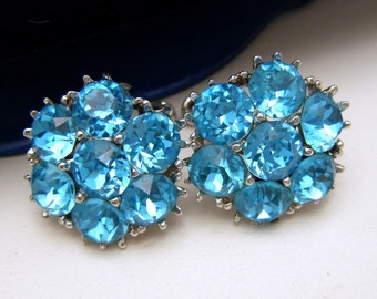 Vintage Signed ORA Earrings Brilliant Aqua Rhinestones Silver Tone Screw Backs