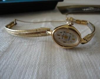 Vintage Waltham 17 Jewel Dress Watch 10K RG Gold Manual Wind Original Box