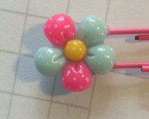 Daisy Flower Paperclip | Planner accessories | planner bookmark  | made in australia | scrapbook supplies | resin craft supplies |