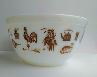 Pyrex Mixing Bowl - Early American
