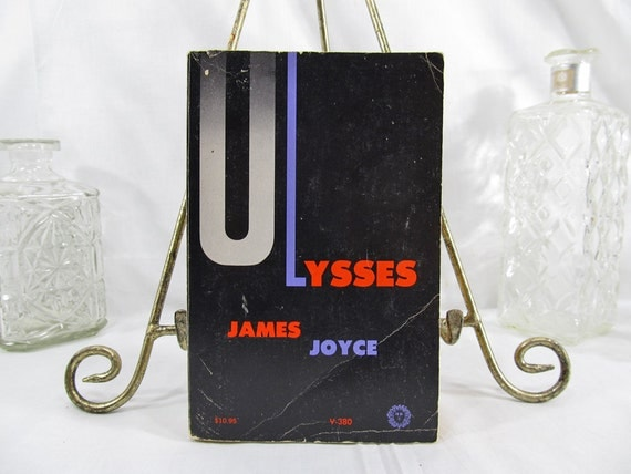 Ulysses James Joyce Vintage, New York (1961) Paperback, fwd by Morris Ernst & US District Court Judge John M Woosley Previously Banned Book