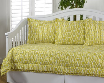 Daybed bedding, Daybed comforter, Daybed quilts, Daybed sets, Daybed bedspread, Twin bedding, Adult bedding, Youth bedding, Bedding, daybed