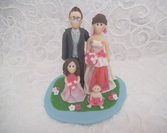 Personalized wedding cake topper with kids