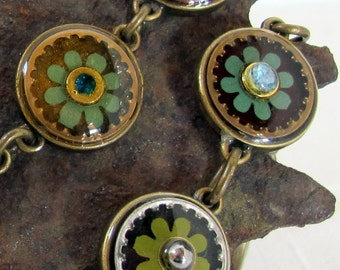 green daisy flower necklace
