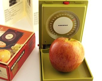 Soehnle Dietetic and letter scale. weighing scale. 250g. Retro green red 70s