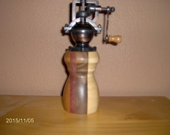 antique style peppermill PM#240