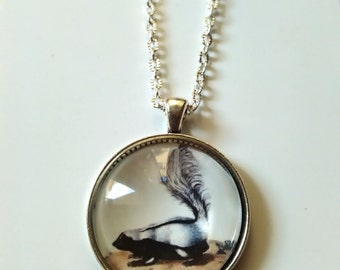 Shunk forest animal necklace