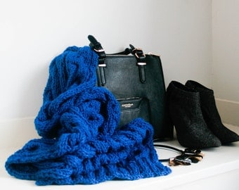 Dexter. Chunky, wool knit scarf in electric cobalt blue.