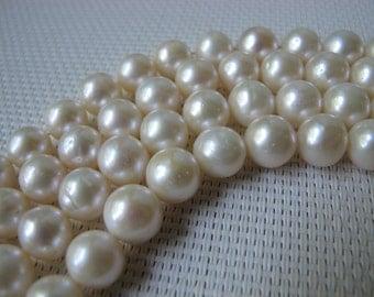 9-10mm Creamy White Potato Cultured Freshwater Pearl PL16