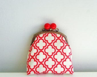 Metal frame coin purse,red color,retro purse,coin purse,red coin purse,geometric ,modern