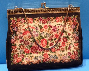 Vintage Floral Tapestry Clasp Purse