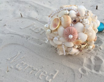 Seashell beach bouquet beach wedding