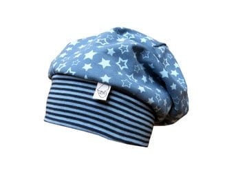 Beanie Hat baby hat in blue hat with stars