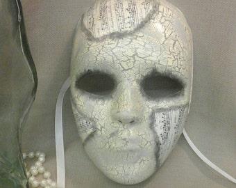 MAESTRO Handpainted Masquerade Mask