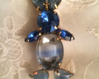 Vintage Bunny Blue Crystal Pin/Brooch
