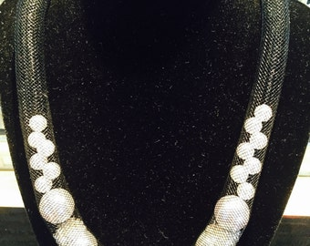 Pearl Crystal Mesh Necklace
