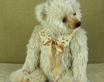 Artist mohair teddy bear Charlotte Cremello