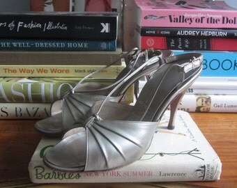 1950s silver high heel sandals | 50's mid century glamour VLV | Size 6