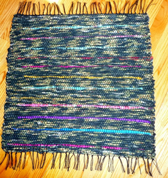 Loom Woven Rag Rug 24 X 28 With Fringe Rectangular