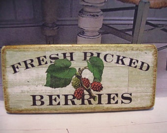 Fresh Picked Berries Miniature Wooden Plaque 1:12 scale for Dollhouses