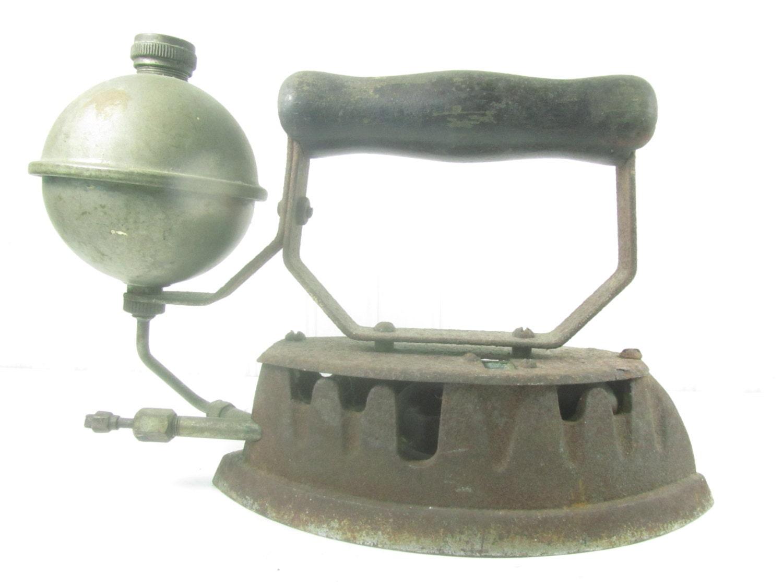 Old Steam Iron ~ Antique steam iron wood handle sad primitive