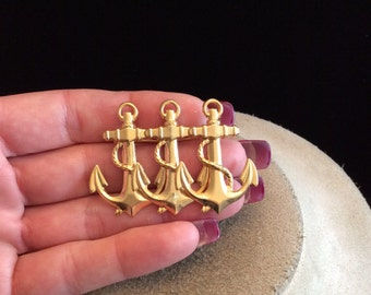 Vintage Goldtone Triple Anchor Pin