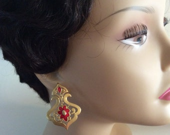 Vintage Chunky Red Enameled Floral Pierced Dangle Earrings