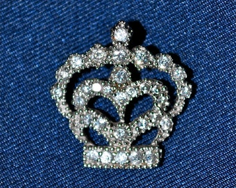 Sparkly Crown Heart Pendant