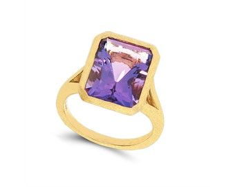 14k solid gold Amethyst ring. promise ring, statement ring