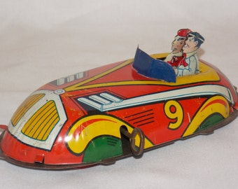 Excellent Wind-up Tin Litho Car