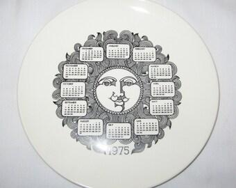 Great Retro Black and White Face Sun God 1975 Calendar Plate