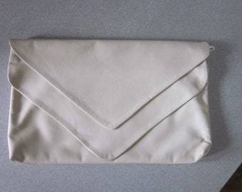 """1980s Bone Leather Clutch Handbag """"Made in U.S.A."""" by """"Ohh! Ashley"""""""