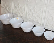 midcentury set of nesting bowls ~ 5 Federal Glass milk glass mixing bowls ~ graduated set of bowls ~ 1950s milk glass nesting bowls