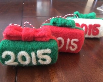Needle felted 2015 ornament, felted Christmas ornament, felted date ornament, felted present ornament