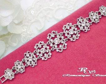 Bridal bracelet,  Rhinestone crystal bracelet, Wedding bracelet vintage, Rhinestone bracelet wedding jewelry bridesmaid bracelet gift B0144