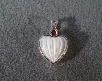 Vintage Sterling Silver Fancy Carved Mother Of Pearl Round Ruby Puffed Heart Pendant Charm **RL