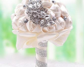 Custom Brooch Wedding Bouquet, Ivory custom made bride bouquet