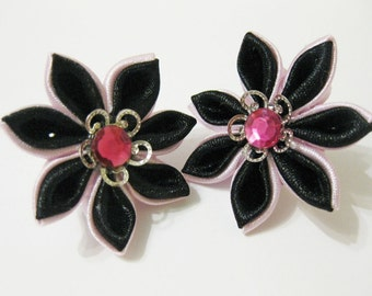 Earrings.Kanzashi Earrings.Fabric Kanzashi Earrings. Pink and blach Satin Ribbon Jewelry.