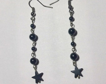 Star earrings with hematite beads