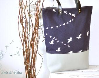 LIVA - the small shopper / great birds on dark blue