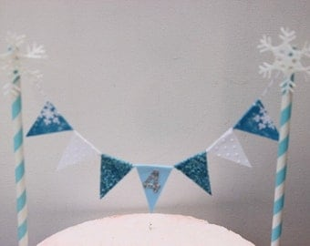 Winter ONEderland Bunting/Cake Topper/Cake Banner. String of Pennants/Flags. Snowflake - Birthday - Winter.