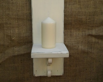 Shabby chic sconce