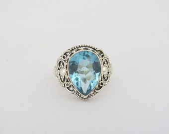 Vintage Sterling Silver Pear cut Aquamarine Ring Size 8.5