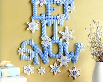 Bucilla Let It Snow ~ Felt Christmas Wall Hanging Kit #86586 Blue Snowflakes New DIY